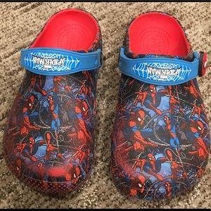 Spider-Man CROCS Youth Sz J 2